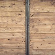 The Pros and Cons of Reclaimed Timber